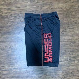 Under Armor men's shorts size S/M